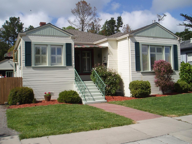804 Sonoma Avenue, Petaluma