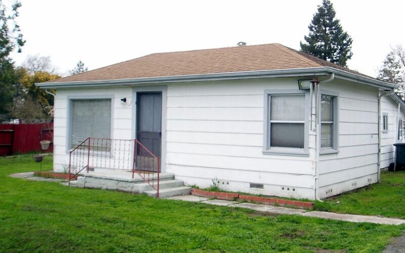 1061 Fresno Avenue, Santa Rosa