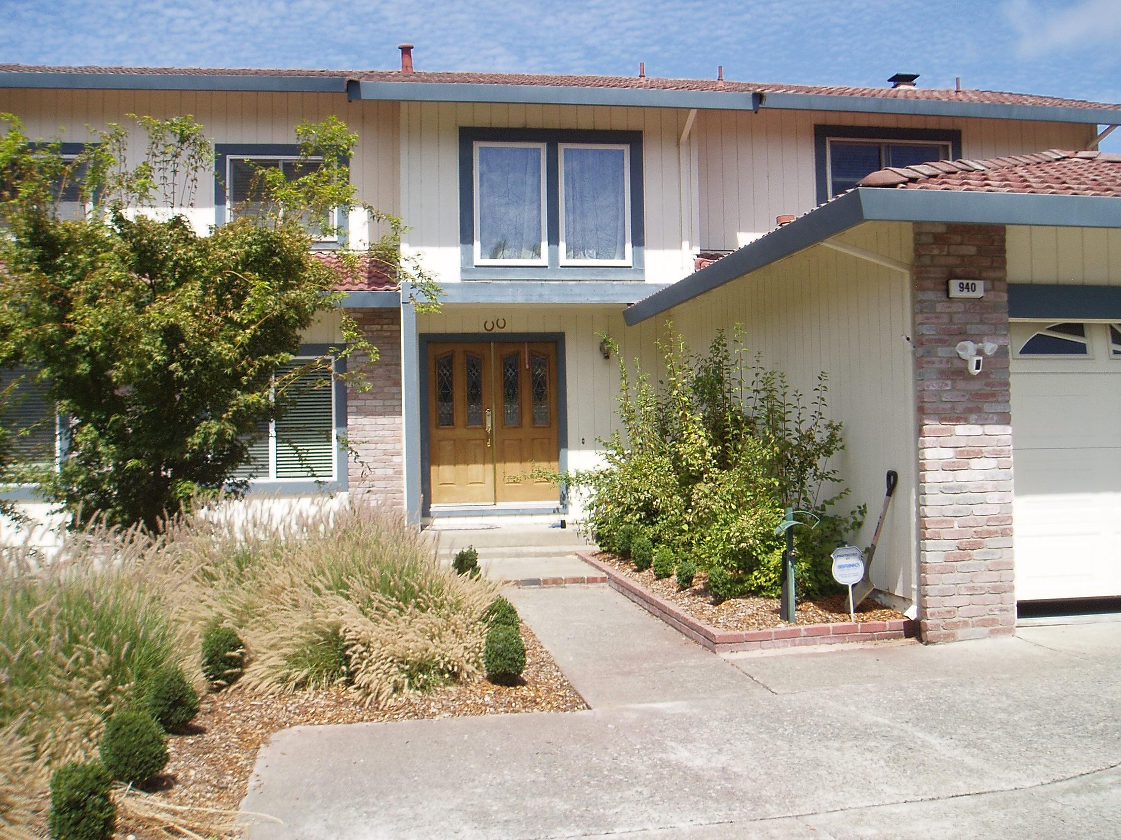 940 Hawthorne Circle, Petaluma